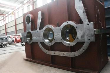 焊接减速机箱体